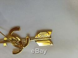 Chanel stick pin brooch authentic, France, pin, arrow CC, exc cond