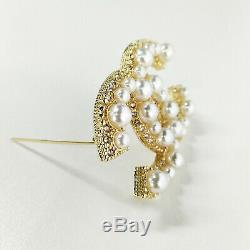 Classic Large CC Logo Gold Anniversary Pearl Pin Brooch New
