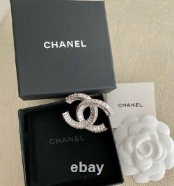 Gorgeous Chanel Large Baguette CC Logo Crystal Sparkly Brooch Pin
