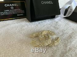 Large Cc Pearls and Crystals Gold Pin Chanel White Pearl Brooch