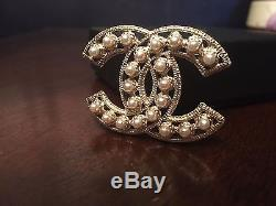 Mint Chanel 2011p Cabochon Pearl Cut Out Pin Brooch CC Authentic Worn 3 Times