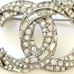 NEW CHANEL 21S AB6192 CC STAR CRYSTAL BEJEWELED brooch Absolutely Stunning