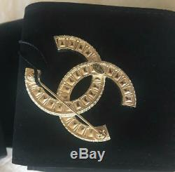 NIB Best Selling Auth Chanel X Large Baguette Crystal Brooch HTF