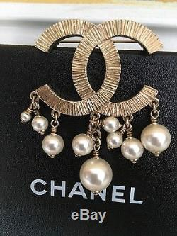 NWB Gold and Pearl CHANEL Brooche Pin Retail $1200