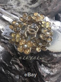 NWT 2015 XL CHANEL $2150 Flower Cocktail CC Brooch Strass Crystal GOLD Pearl Pin