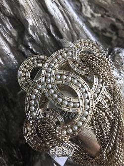 Nwt Chanel 2016 Rare Crystal Interlaced Pearl CC Brooch Pin Gold Bronze Chains