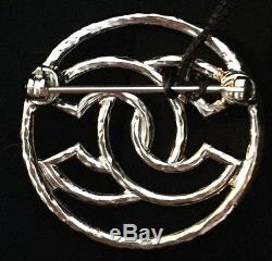 New & Authentic CHANEL 2017'CC' Logo Pin Brooch