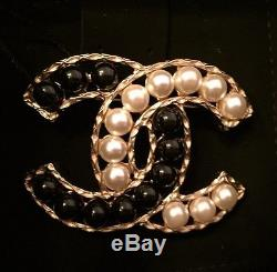 New & Authentic CHANEL Black & White Pearl'CC' Logo Pin Brooch