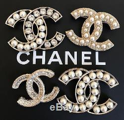 New Authentic CHANEL Classic Pearls Crystals Gold Metal CC Logo Brooch/Pin
