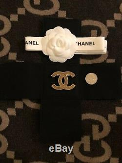 New Authentic CHANEL Large Antique Gold Tone CC Logo Metal Brooch