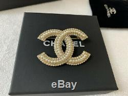 New, Chanel Gold Brooch Pin Pearls Authentic Fashion Jewelry