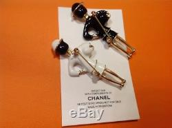 Newith/Auth Chanel Vip gift coco perfume brooch pin set in black & white