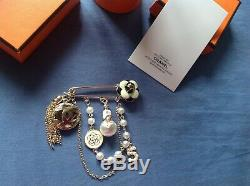 Newith/Auth Rare Beautiful Chanel Vip Gift Camellia N5 perfume pearl brooch pin