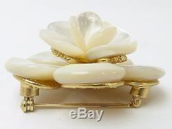 R54382 Auth VINTAGE Chanel 01A White Flower Brooch Gold HW withBox