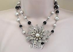 Rare Chanel Flower / Pearl Necklace Incredible! Brooch Pin Pendant
