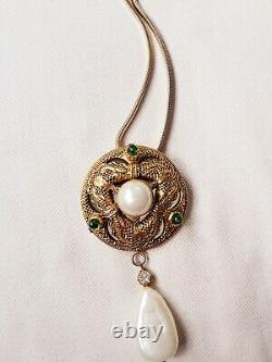 RARE GRIPOIX & PEARL Vintage CHANEL PIN BROOCH NECKLACE 1984 MIRRORED PENDANT
