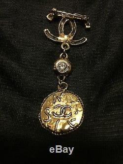 Rare 1930s CHANEL Vintage Brooch Gold Tone