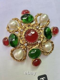 Rare Vintage Chanel Maltese Cross Brooch Red And Green Gripoix