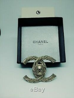 Stamped CHANEL CC Logo Pin Brooch Gold-Tone France