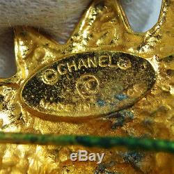 Vintage Auth Chanel Lion Motif CC Logos Pin Brooch Goldtone Made France in Box