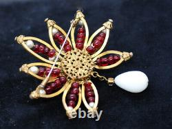 Vtg DOCUMENTED Chanel Fall 1962 Couture Runway Brooch Goossens Poured Glass TLC